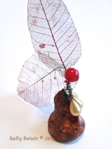 art Swain vision pear sculpture