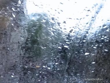 sparkly rain
